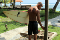 surfing in krui Photo Gallery